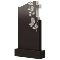 Фигурный памятник из гранита Ф34 С тумбой цветником макетом и надписями