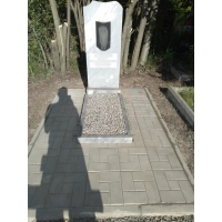 Поправили памятник и плитку на кладбище Федяково