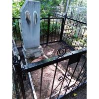Привели в порядок могилу на кладбище Марьина Роща